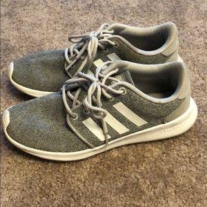 Adidas cloudfoam grey size 7